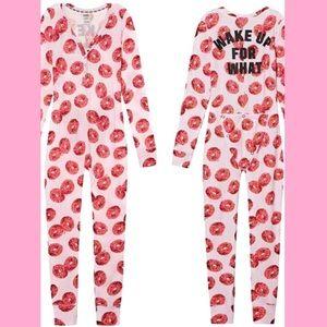 Pink Victoria's Secret onesie pajama🍩